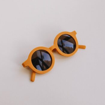 gafas de sol infantil amarillo