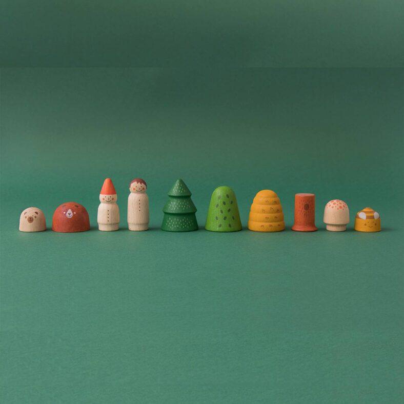 juguete de madera bosque y animales fila animales y arboles