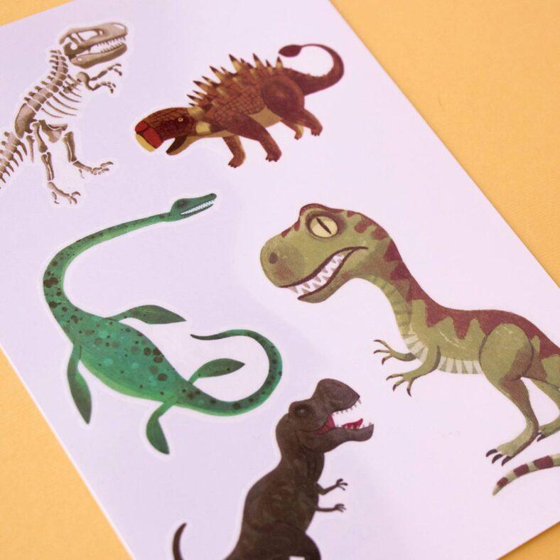calcomanía tattoos dinosaurios dibujos 2