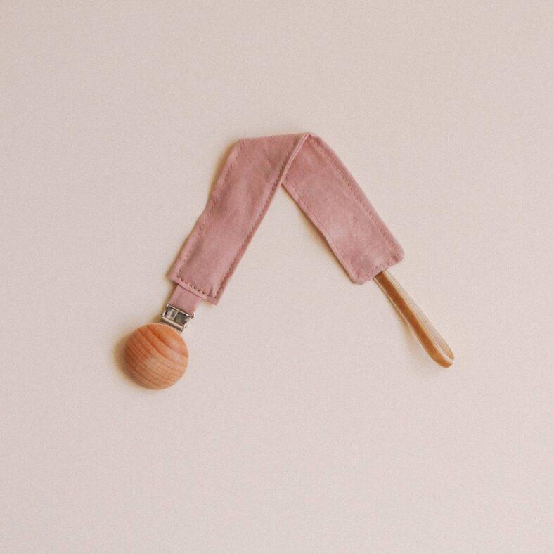 chupetero rosa doblado
