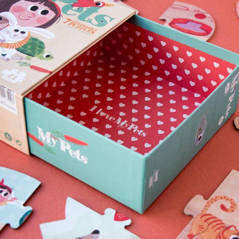 detalle interior caja puzle i love my pets