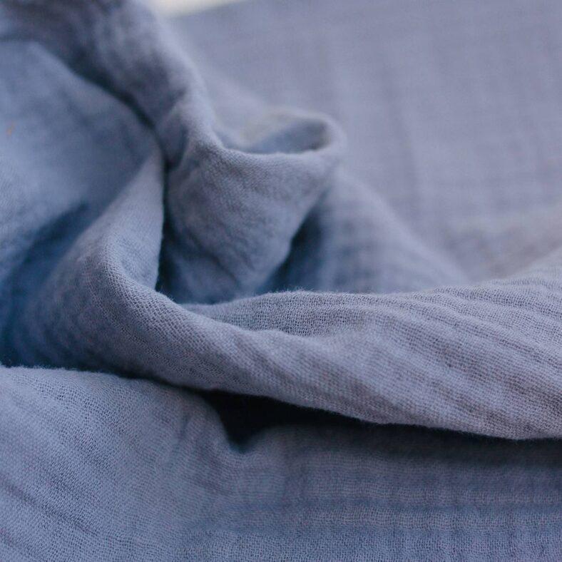 detalle muselina gris azulado organica