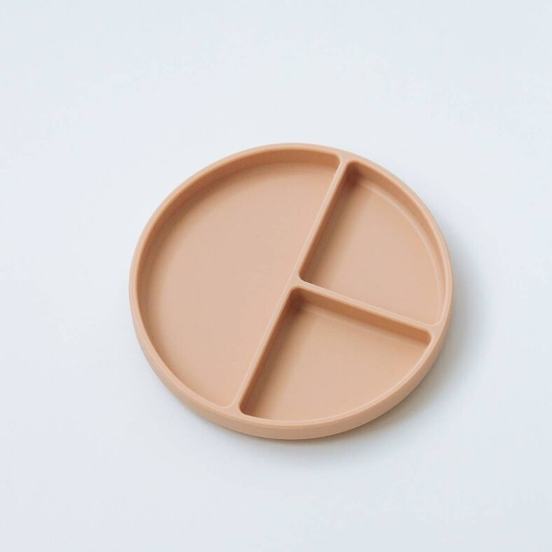 Plato de silicona rosa de Mushie