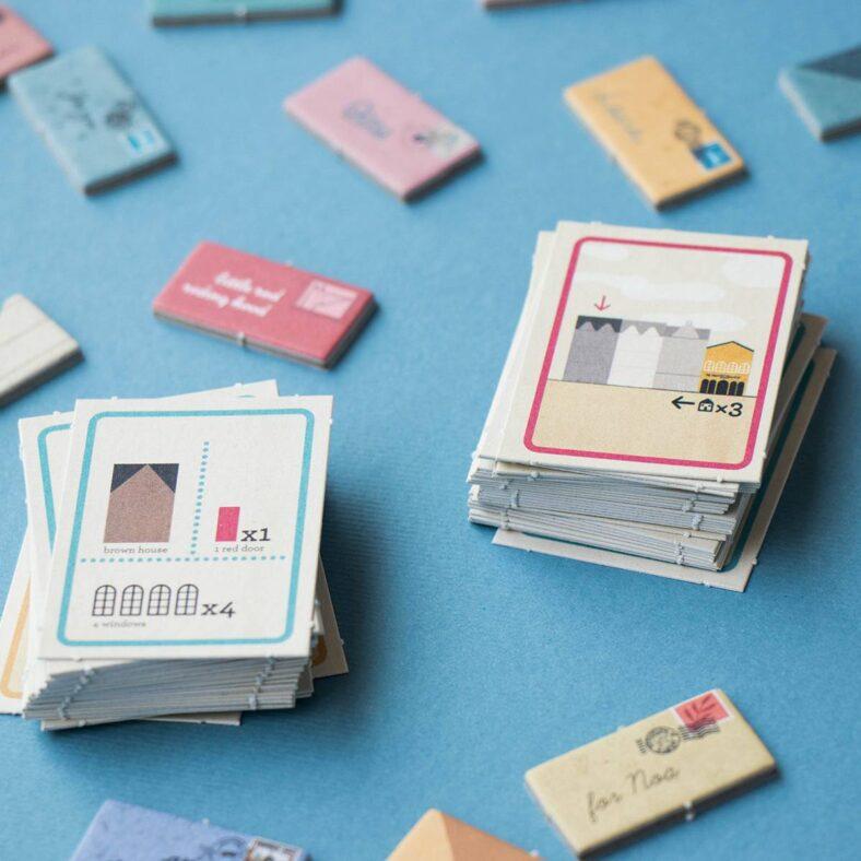 cartas juego de mesa postman version viaje pocket