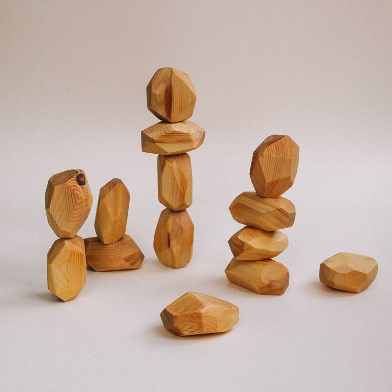 Juguete de madera: Rocas de equilibrio
