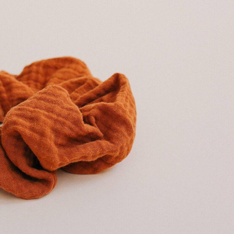 scrunchie ginger