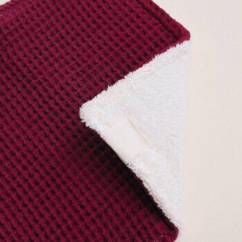 detalle toallita lactancia purpura