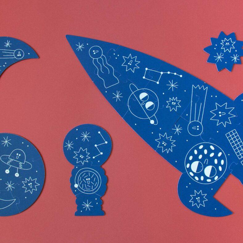 puzle valentina en el espacio piezas fosforescente
